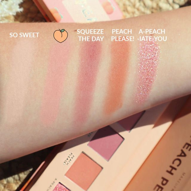 Peachy Nude Eyeshadow palette